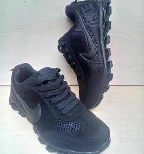 Кроссы Nike