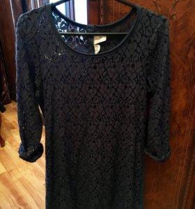 Темно-синее кружевное платье H&M