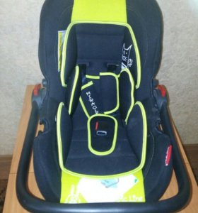 Автомобильное кресло-переноска