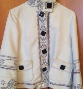 """Пальто короткое """"Burberry"""""""