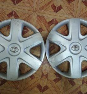 Оригинальные колпаки на Toyota