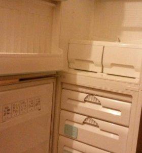 Холодильник ARDO 2-х камер.