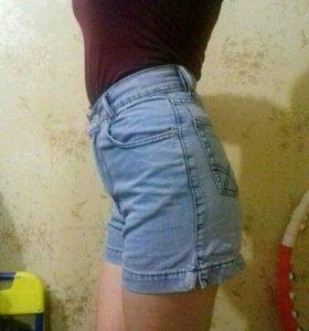 Завышенные шорты