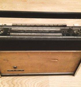 """Радиоприёмник """"Рига-103"""""""