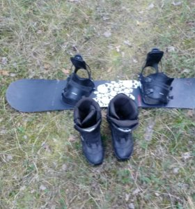Сноуборд+ботинки Hatchet Atomic