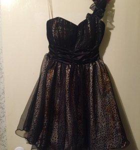Платье. 42-44