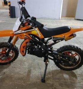 Кроссовый мотоцикл детский