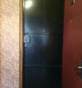 Дверь железная. На проем 90