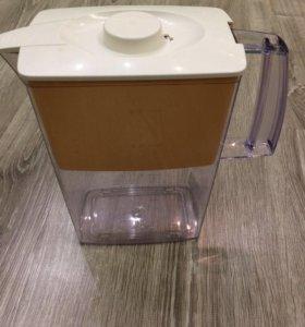 Прибор для фильтрования воды