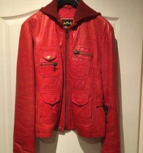 Женская куртка кожа