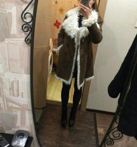 Пальто (дубленка)