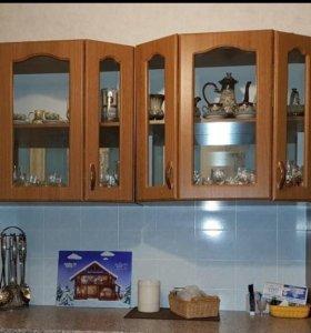 Стенка(со стеклом)для кухни