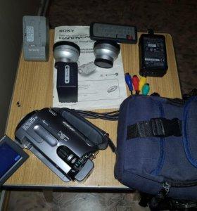 Видеокамера с HD диском DCR-SR82E