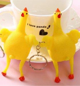 Игрушка курица с яйцом