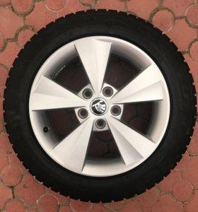 Колёса на шкода шины, диски 205 65 16 зимние.