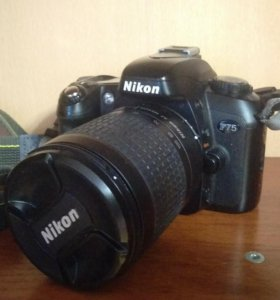 Фотоаппарат NIKON F75(плёночный)