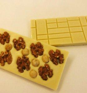 Шоколад плитки с орехами