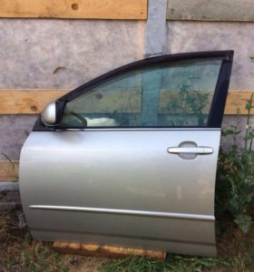 Двери на Corolla 120