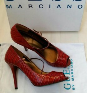 Туфли GUESS Marciano