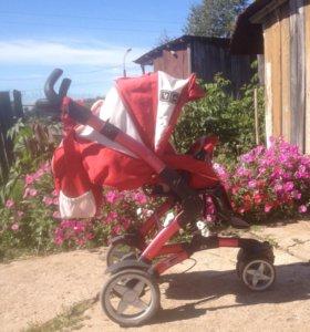 Прогулочная коляска с переноской