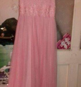Платье в пол, новое вечернее