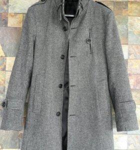 Демисезонное пальто L.