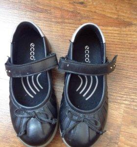 Обувь  для девочки ЕССО