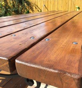 Садовая мебель. Кованный стол, с лавочками.