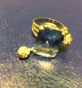 Кольцо 585 пробы из белого золота с топазом