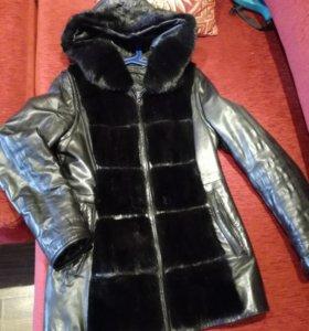 СРОЧНО!!!Куртка кожаная с отделкой норка