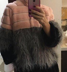Полушубок розовый модный