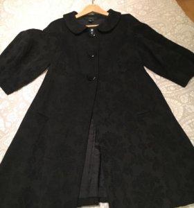 Пальто. Zara
