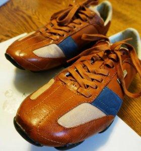 Ботинки Ellesse - новые, 43