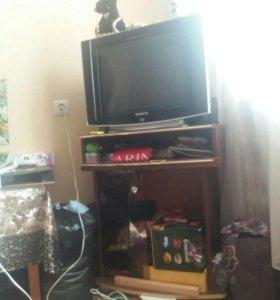 Телевизор и DvD. Подставка