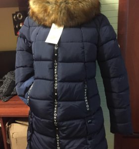 Зимняя курточка новая