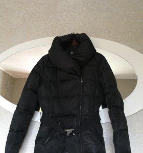 Тёплая куртка Sinequanone