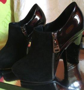 Туфли Lori blu