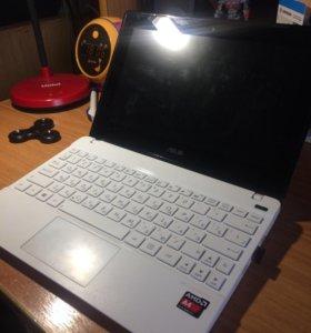 Netbook asus x102b