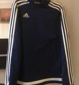 Спортивная одежда adidas и Kappa