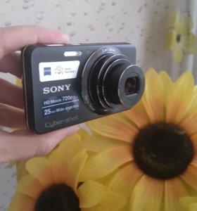 Цифровой фотоаппарат SONY HD Movie 720p