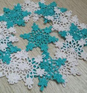 Вязаные снежинки украшение на елку