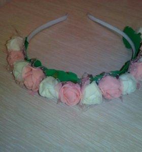 Ободок ручной работы из роз