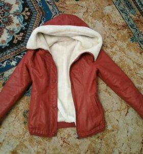 Новая зимняя куртка 42р.