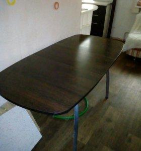 Обеденный стол.новый!