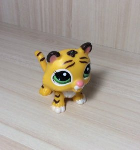 Littlest pet shop ходячий тигр