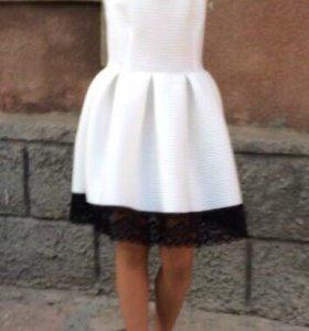Платье 40/42 размера