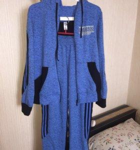 Спортивный костюм р48 новый