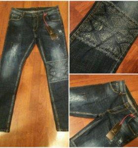Новые джинсы 30р