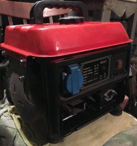 Бензиновый мобильный генератор.