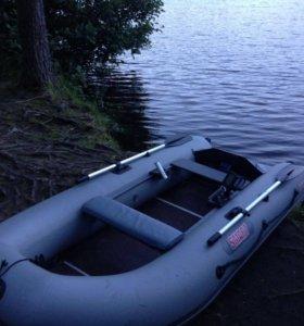 Продам лодку Смарт 310 LE